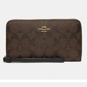 Coach - Large Phone Wallet In Signature Canvas